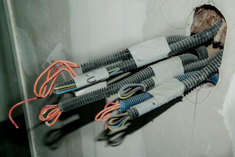 Intervention et installation électrique pour entreprise dans les bouches-du-rhone