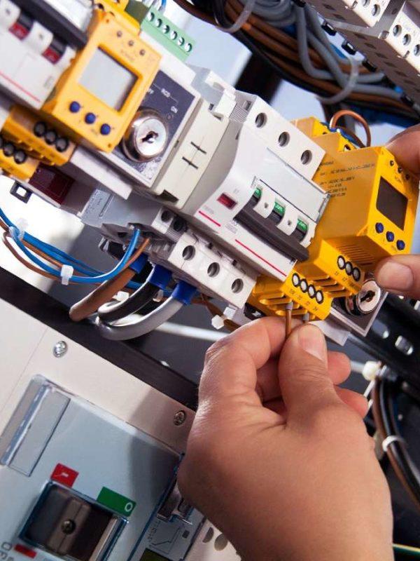 Mise aux normes électrique dans les Bouches du Rhône (13)